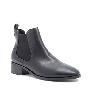 faux leather chelsea boots
